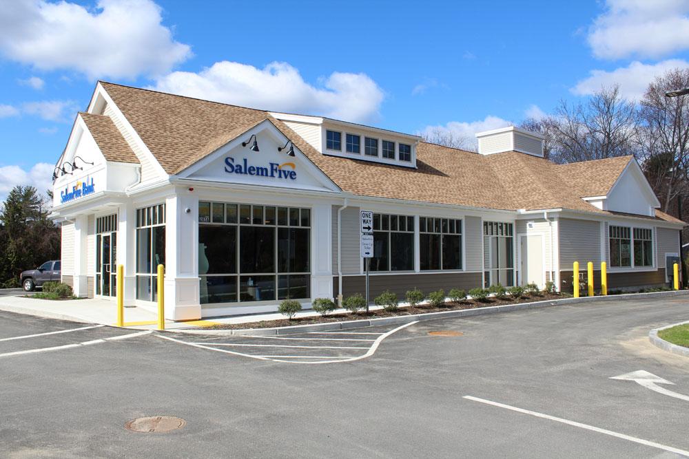 Salem 5 - Great Road Plaza