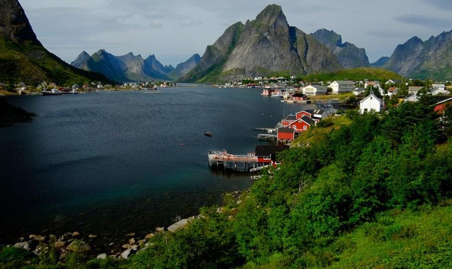Turistika za polárnym kruhom Lofoty a Nordkapp – Nórsko