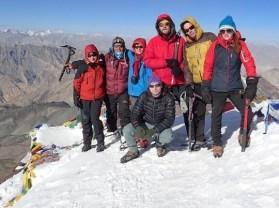 Účastníci zájazdu Ladakh treking v Malom Tibete vystúpili na Stok Kangri