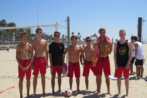 Members of the San Clemente Beach Volleyball Club pose for a photo at Ocean Park Beach. Courtesy Photo