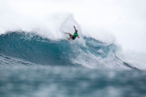 Finishing runner-up at the World Cup of Surfing at Sunset Beach, Kolohe Andino could be the first surfer from San Clemente to capture a Triple Crown title. Photo: WSL