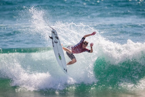 Griffin Colapinto spreading his wings at Huntington Beach en route to a 2nd place finish. Photo: WSL/Kenneth Morris