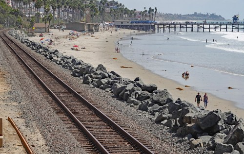 Remember the cobblestoned beaches of summer? They are long-gone this fall season, replaced by a cushy carpet of sand. Sunday, Oct. 7, the air was warm, the water an inviting 70 degrees and few tourists, except at the Pier for the clam chowder cook-off. Photo: Fred Swegles