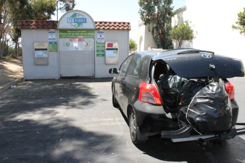 A San Clemente resident brings a car full of bottles and cans to recycle at rePlanet's redemption center behind Ralphs on Camino de Los Mares, only to learn the site has been permanently closed. Photo: Cari Hachmann