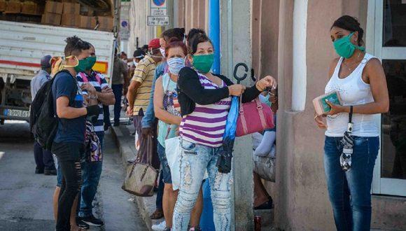 La Habana: Embarazadas, discapacitados y adultos mayores recibirán atención diferenciada en las colas