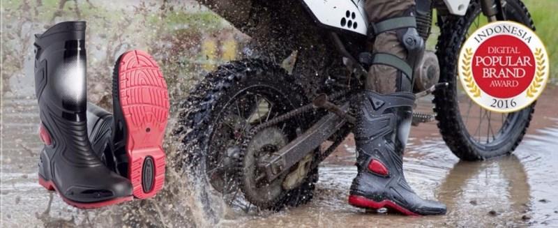 AP-Boots-Moto