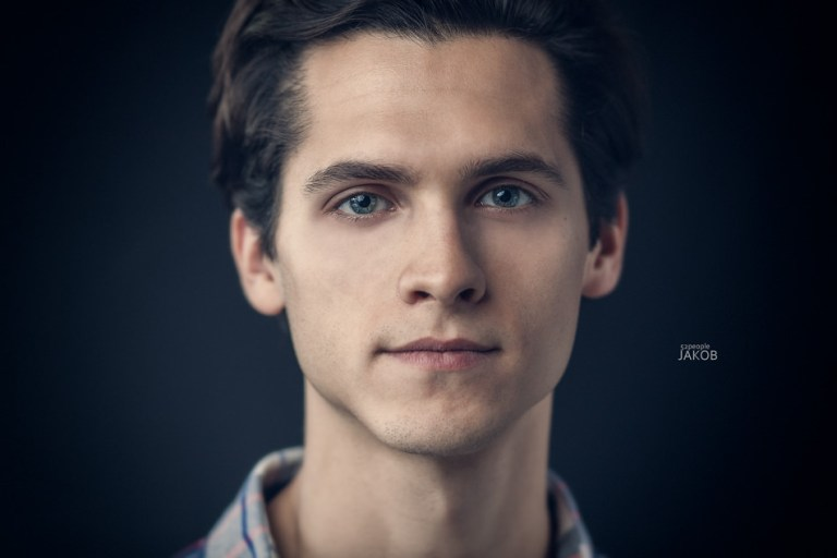 16/52 People – Jakob