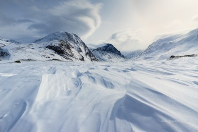 Strong winds blowing over the snow in Arctic Sweden.