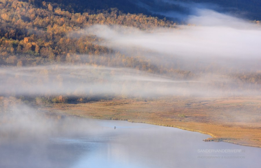 Warm autumn colors and fog in Sarek.