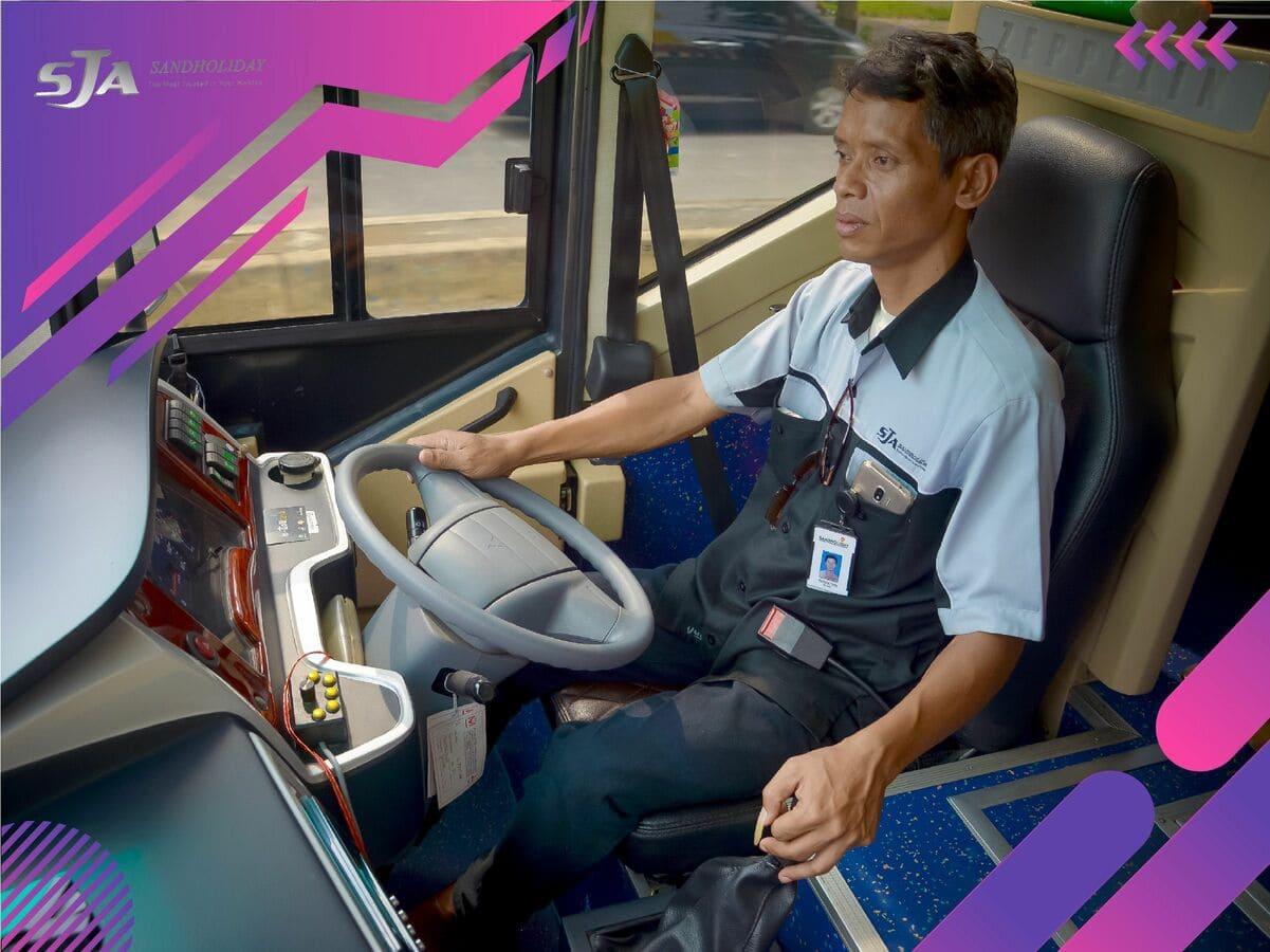 Sewa Bus Pariwisata Murah - Sandholiday (17)