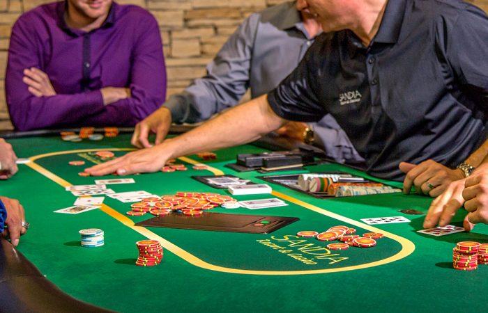 бездепозитные игры казино