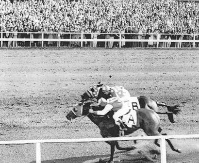 Seabiscuit and Ligaroti down the stretch.