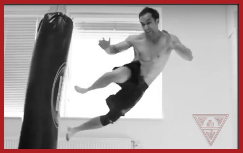 Incredible Martial Arts Moves by 'People are Awesome'