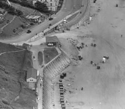 crescent hill and foreshore road, filey 1932 - photo britainfromabove.org.uk 4-2-15