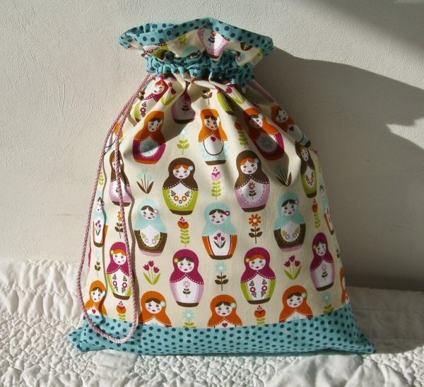 free Drawstring Bag pattern with Spotty fabric