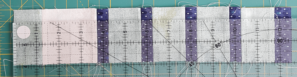 Sandra Healy Designs, Sew Let's QAL, block 3, measuring middle grid unit