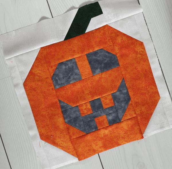 Sandra Healy Designs Halloween Pumpkin Quilt Block
