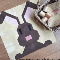 Sandra Healy Designs bunny rabbit quilt block