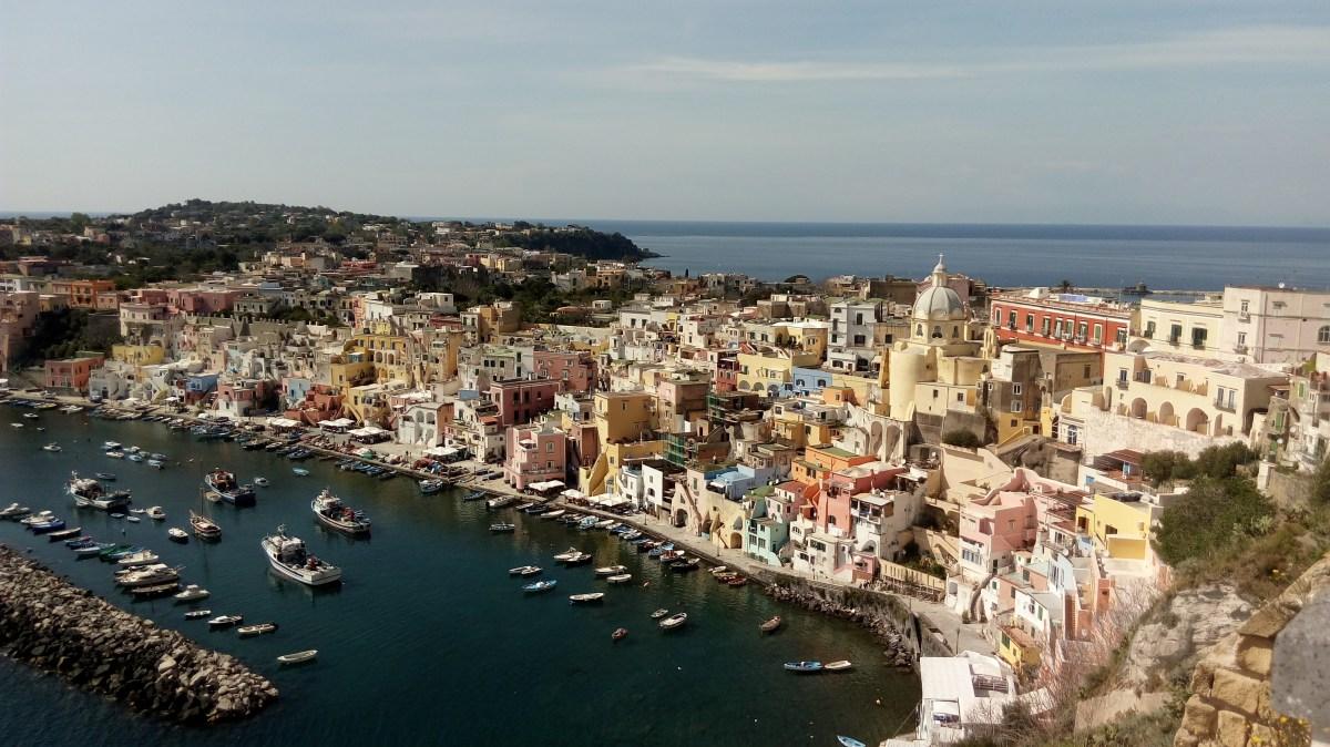 """Itália- Prócida - A ilha que serviu de locação para o filme """"o carteiro e o poeta"""""""