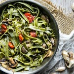 Spinach Fettuccine with Mushrooms and Cherry Tomatoes Recipe