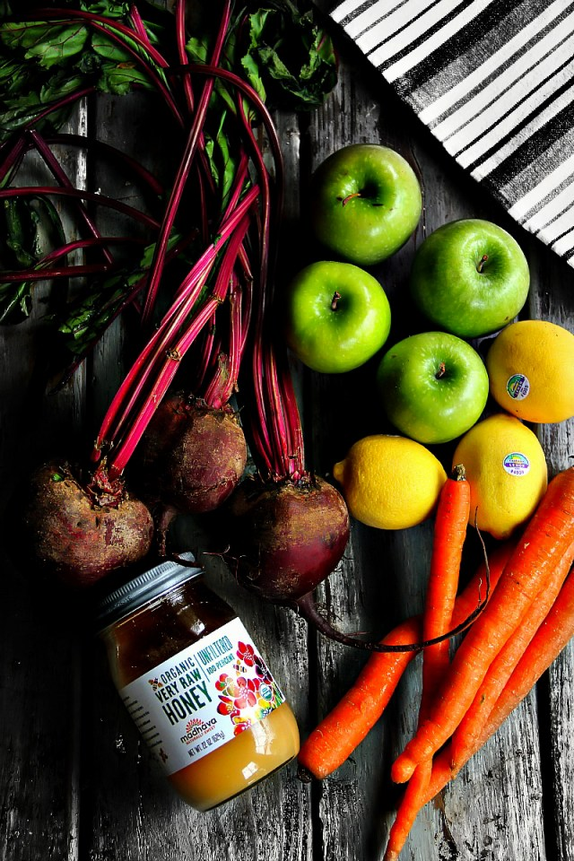 Miracle Combo with Beets, Green Apples, Carrots, Ginger and Lemon