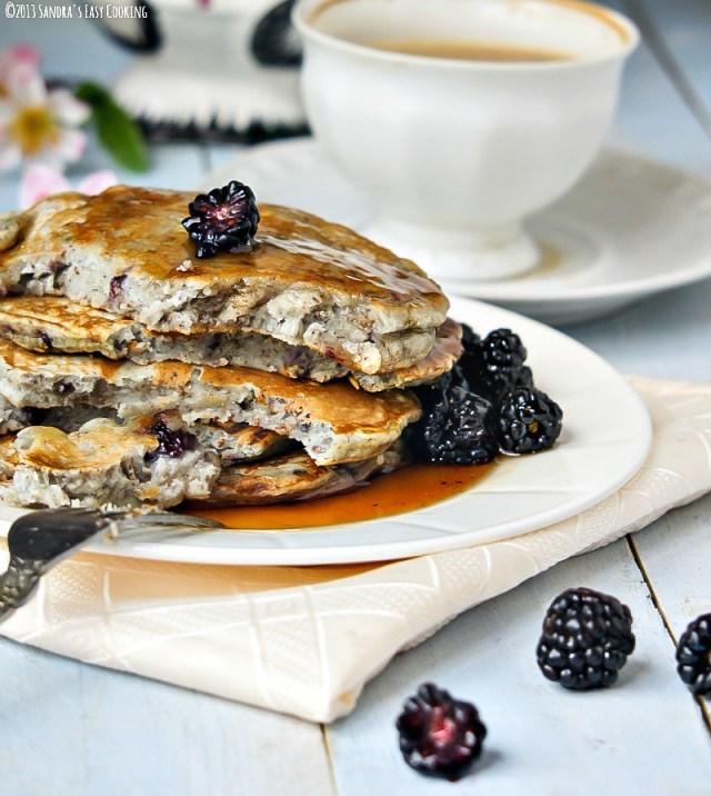 Blackberry Flax Pancakes