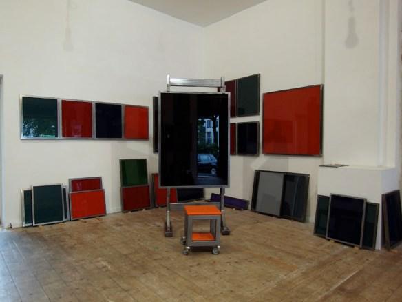 Unvollendete Skulptur für meine Malerfreunde (The Box - Galerie Reimund Jonen, Düsseldorf) (2)