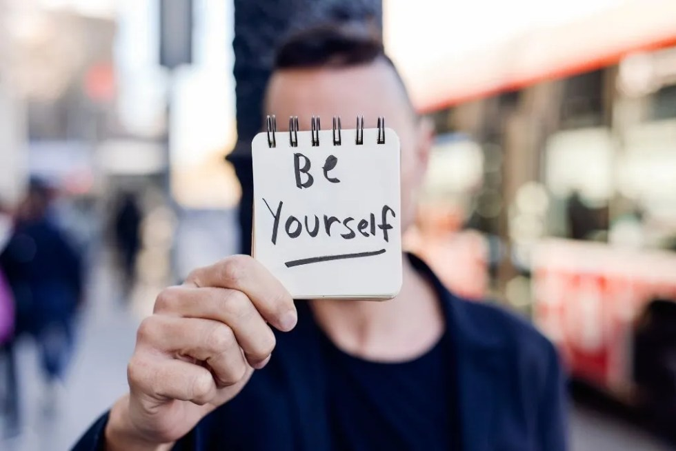 be-yourself-on-social-media