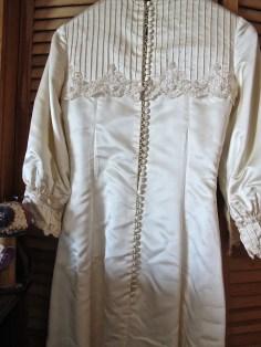 dress buttons