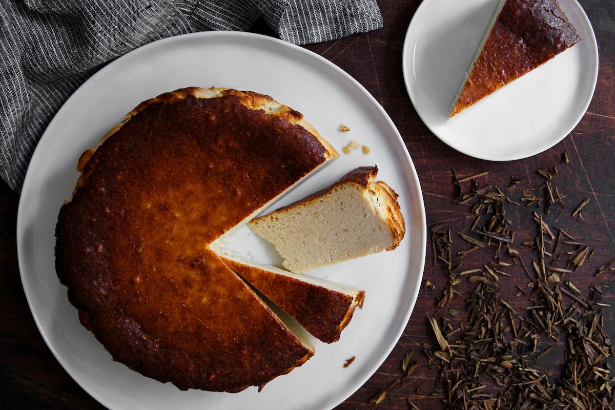Hojicha Basque Cheesecake