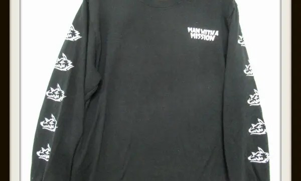 マンウィズ Too Much Logo ロング Tシャツ<別名ガチ勢ロゴロンT>