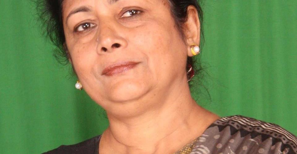 """सरिता गिरी भन्छिन – """" मधेशको भाषा हिन्दि हो हिन्दि नै हुनुपर्छ"""" यस्तो छ भनाइ"""