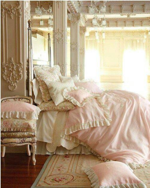arredo-camere-shabby-romantic room-arredo-principessa-cuscini-pizzo san giorgioe50ed108175e726df9fcabb39d4d31a9