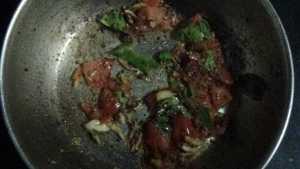 Paruppu rasam - mashed tomato