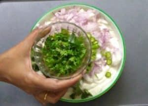 medhu vadai - coriander leaves