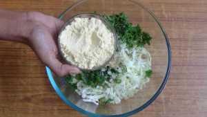 Cabbage pakoda -gram flour