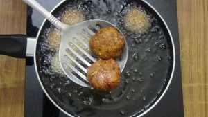 Falafel -golden brown