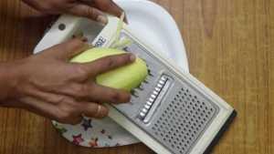 Raw mango rice -grate