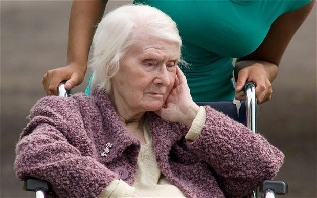 Che futuro per gli anziani da assistere?