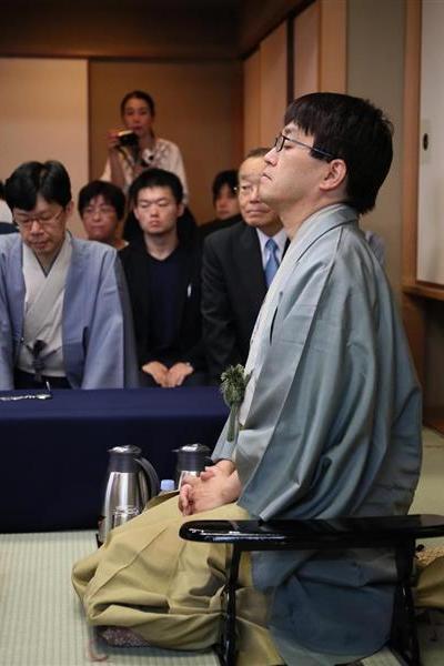 羽生棋聖に挑戦する豊島八段
