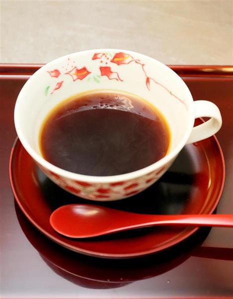 午前のおやつとして羽生善治棋聖が注文したホットコーヒー =6日午前、兵庫県洲本市のホテルニューアワジ(志儀駒貴撮影)