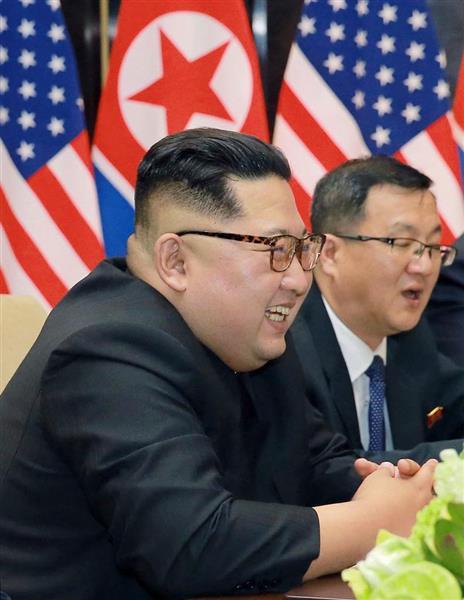 トランプ米大統領との会談で笑顔を見せる北朝鮮の金正恩朝鮮労働党委員長=12日、シンガポール(朝鮮中央通信撮影・共同)