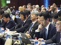 IWCの総会に臨む日本代表団=14日、ブラジル・フロリアノポリス(共同)