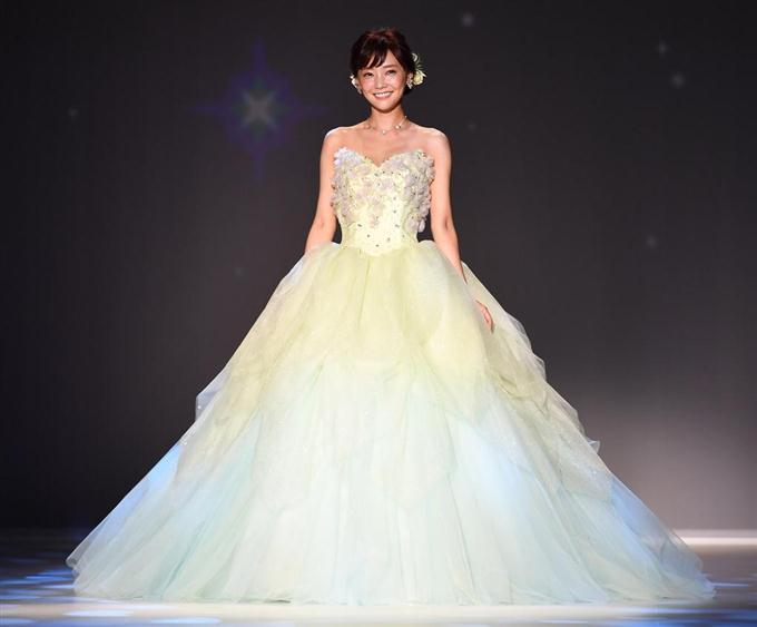 「倉科 ドレス」の画像検索結果
