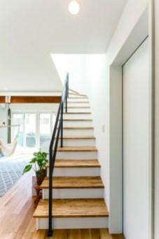 階段も暮らしを彩るデザインの一つ。