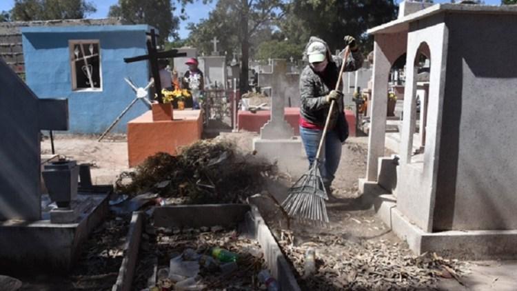 El Ayuntamiento de Soledad implementa rehabilitación de panteones municipales