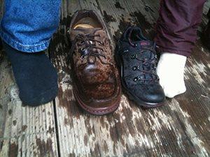 Как да подсушим обувките си лесно и бързо