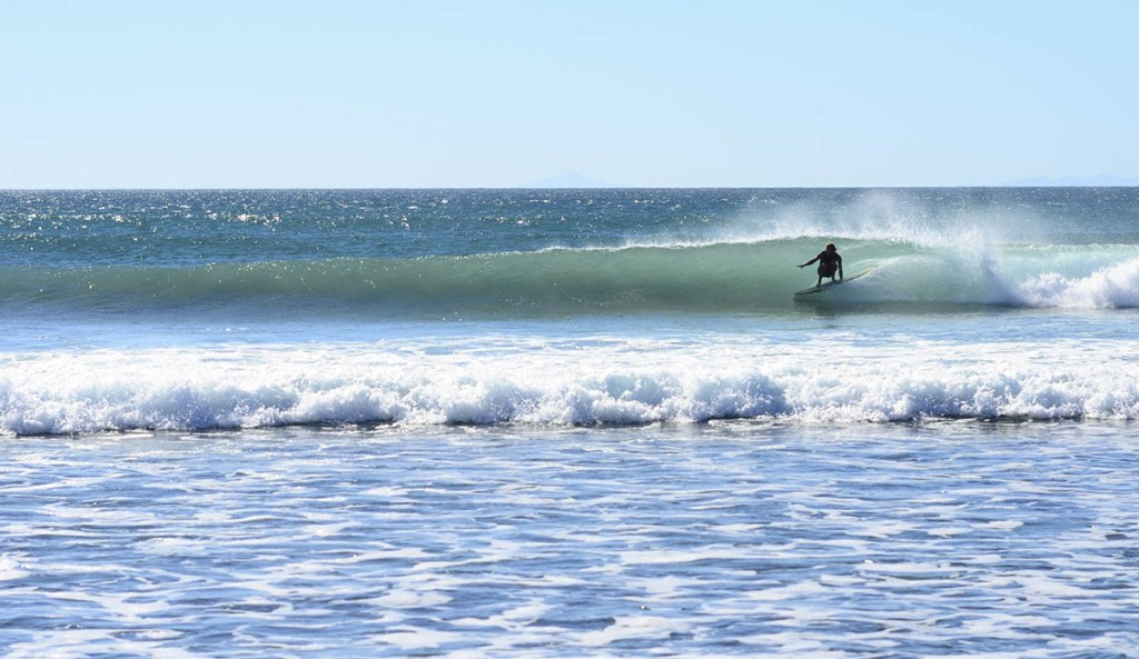 4x4 journey through the Seven Sisters surf point breaks in Baja California, Mexico