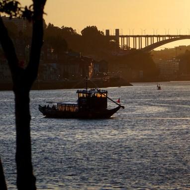 Oporto, Portugal, Río Duero, Puente de la Arrábida