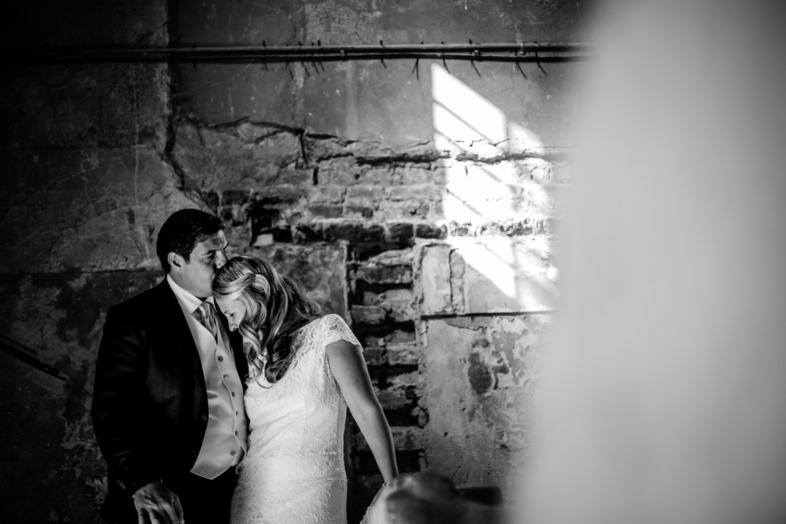 Lucy & Claude - Sansom Photography St John London Wedding -10-2